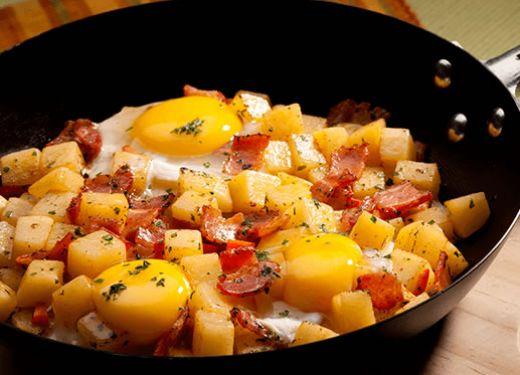 Huevos campesinos a la sartén